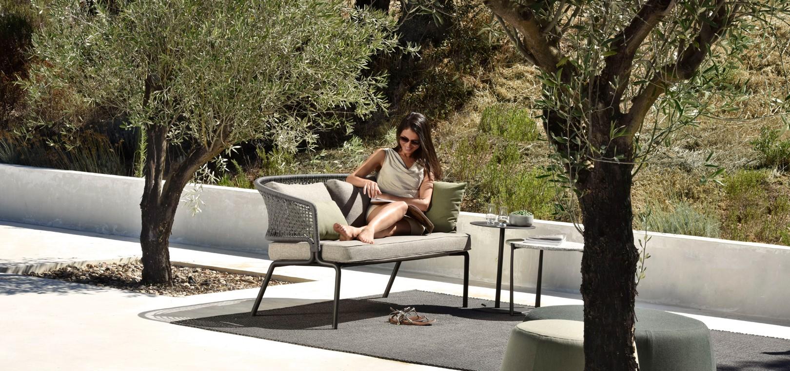 contour-new-2016-contour-sofa